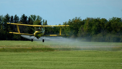 crop duster poison insecticides beekeeper bees